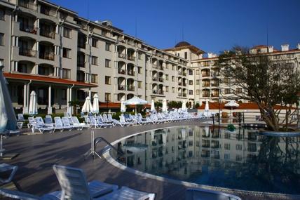 Отель Серенити Бей